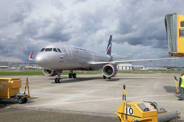 brand-new-airbus-A320-214-MSN-7863-under-operating-lease-contract