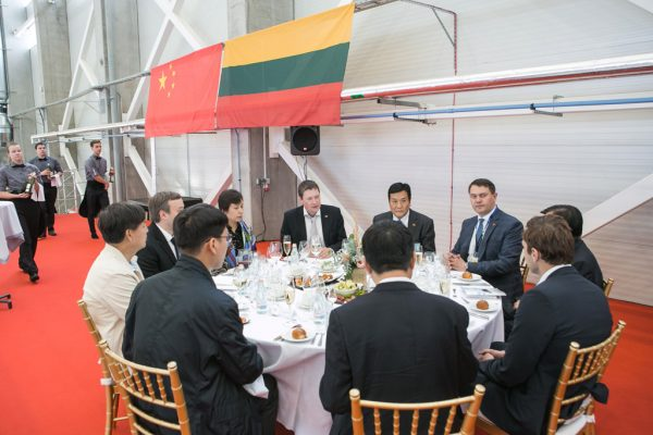 partnership-with-henan-civil-aviation-development06